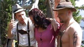 Планина porno macki дяволите фест мадами с големи цици прецака от него група